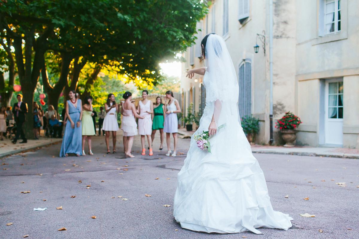 Pierre et virginie mariage au ch teau de caseneuve for Photographe salon de provence